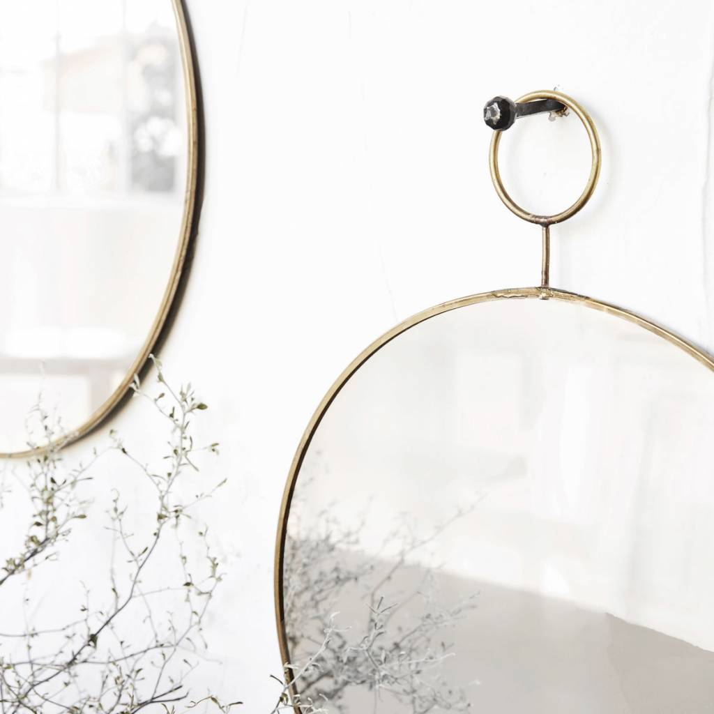 House Doctor Round mirror 'the loop' - brass - 32cm - House Doctor