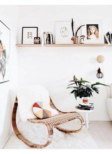 Créez un coin lecture cosy où vous pourrez déconnecter d'une semaine chargée. Vu sur Instagram