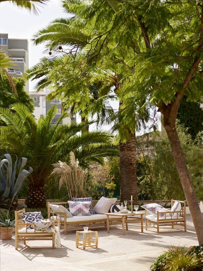 TineKHome Banco al aire libre en bambu con cojín - natural / blanco - 177x76xh70cm - Tinekhome
