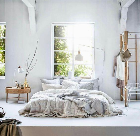 Metal furniture, a rising star in within a natural bohemian decor - Vu sur pinterest