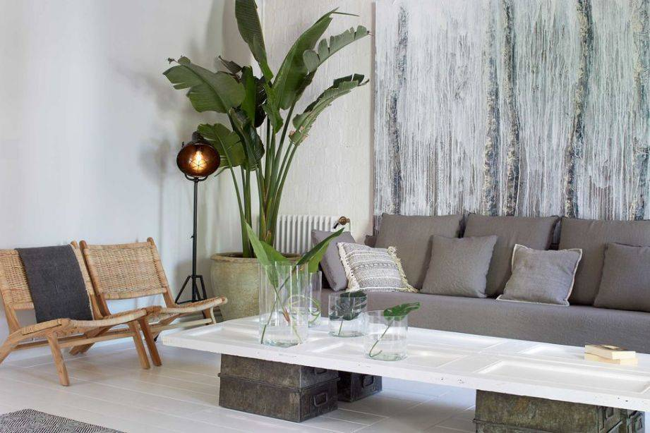 Slow decor apartment with bohemain & scandinavian elements in Barcelona - seen at Planete Deco