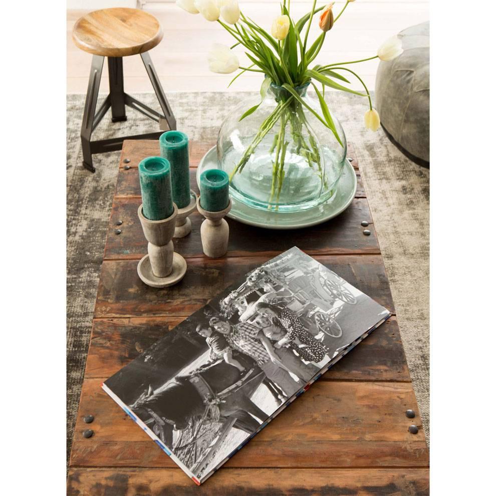 Petite Lily Interiors Table basse industrielle India - métal et bois - 140x70xh35cm