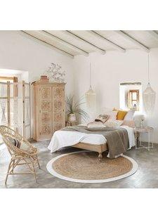 Un buen equilibro de materiales naturales en este dormitorio de estilo étnico escandinavo - Visto en Pinterest