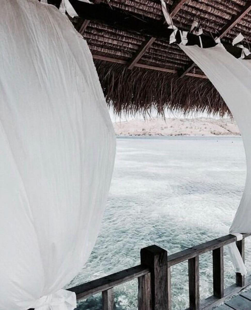 Linge de maison frais d'été en blanc pur - vu sur instagram