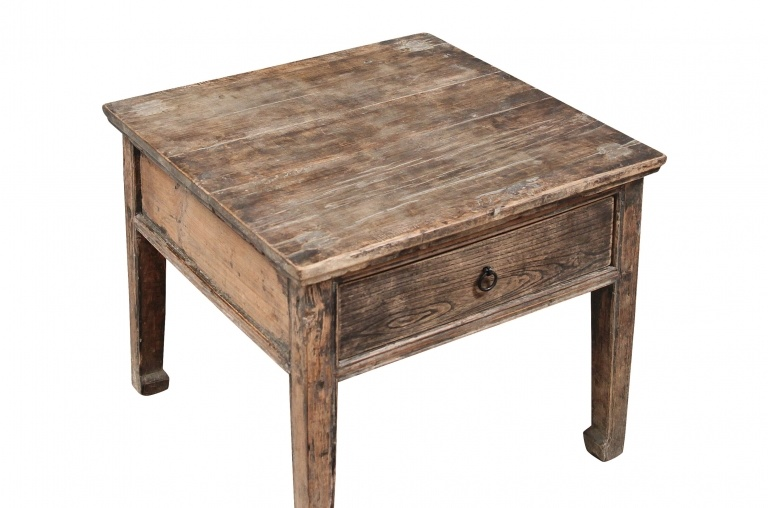 Petite Lily Interiors raw wood coffee table - elm wood - 60x60xh52cm