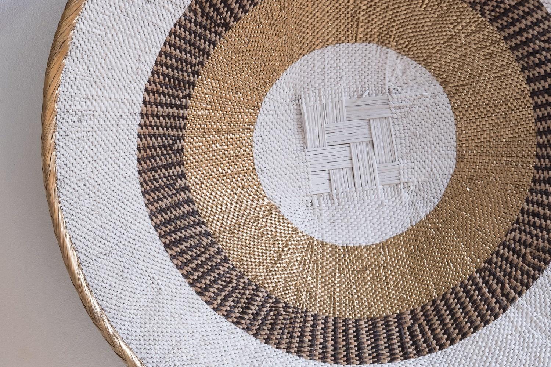 Petite Lily Interiors Panier mural Tonga L - naturel/or - Ø52-56cm