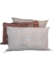 Petite Lily Interiors Moroccan Silk Cushion  - Offwhite Oblong - 80x50cm