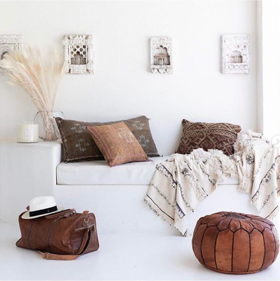 Petite Lily Interiors Cojín marroquí seda - Blush Oblong