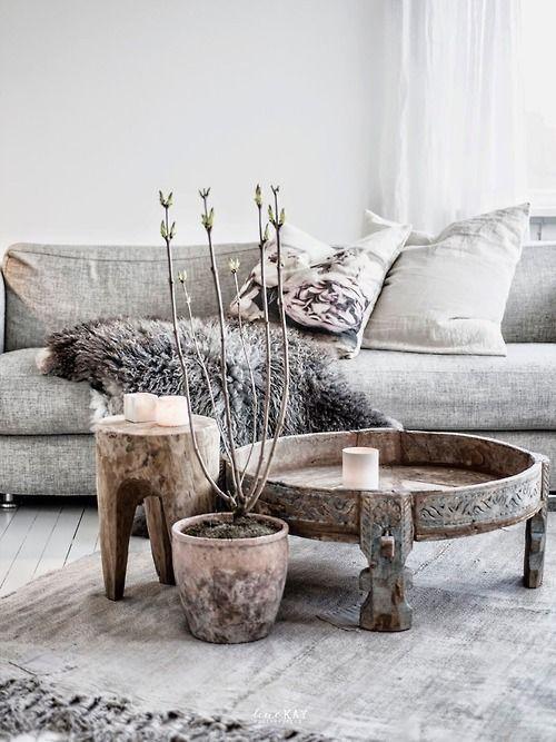 Petite Lily Interiors Indian coffee table grinder - wood - Ø74xh30cm - Unique item