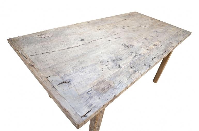 Petite Lily Interiors Table de salle à manger - bois noyer brut  - 180X90X78cm  - Piece Unique