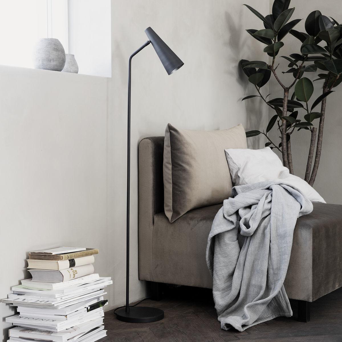 House Doctor Metal floor lamp - black matt - h124cm - House Doctor / Society of Lifestyle