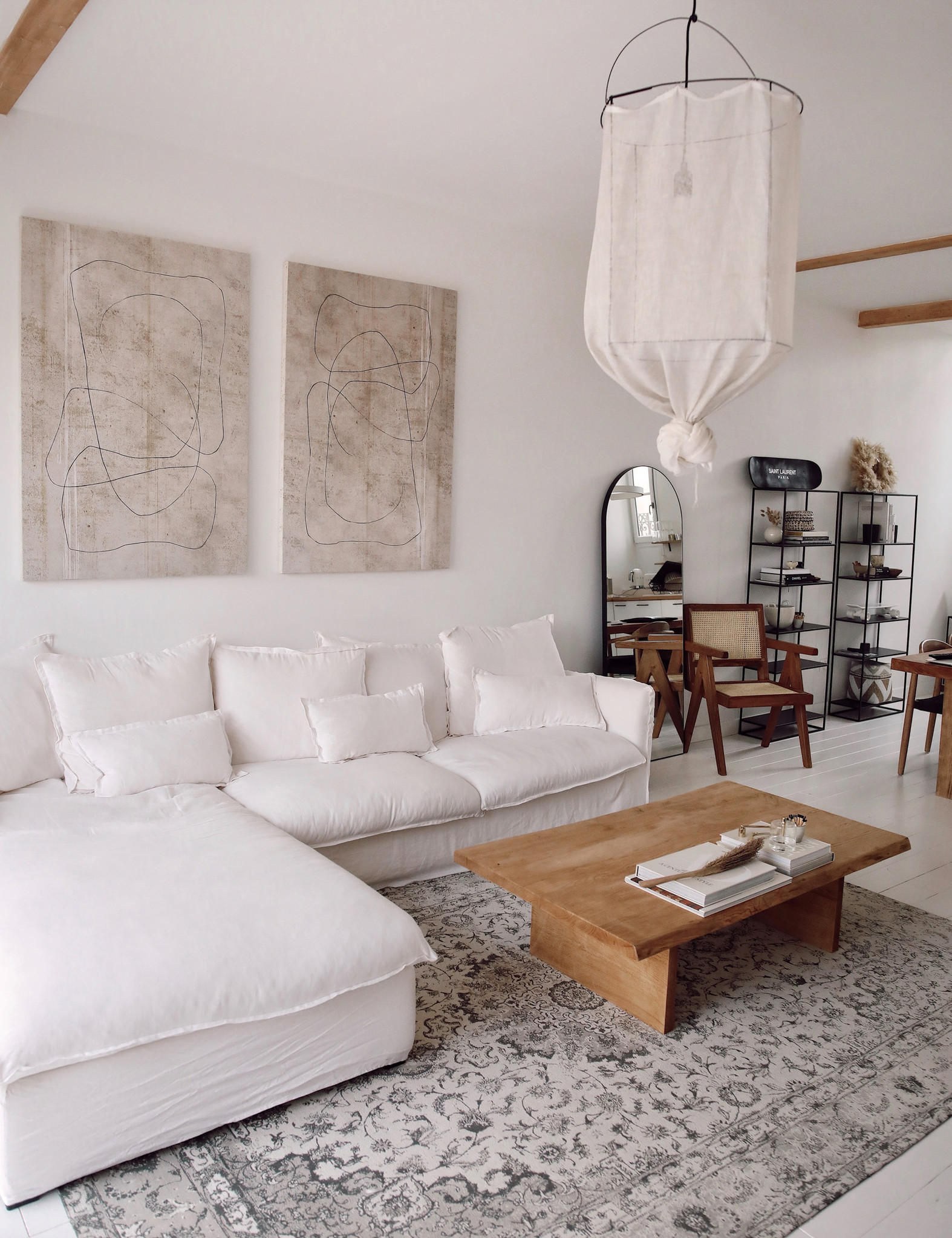 Gorgeous minimalist styling with californian vibes