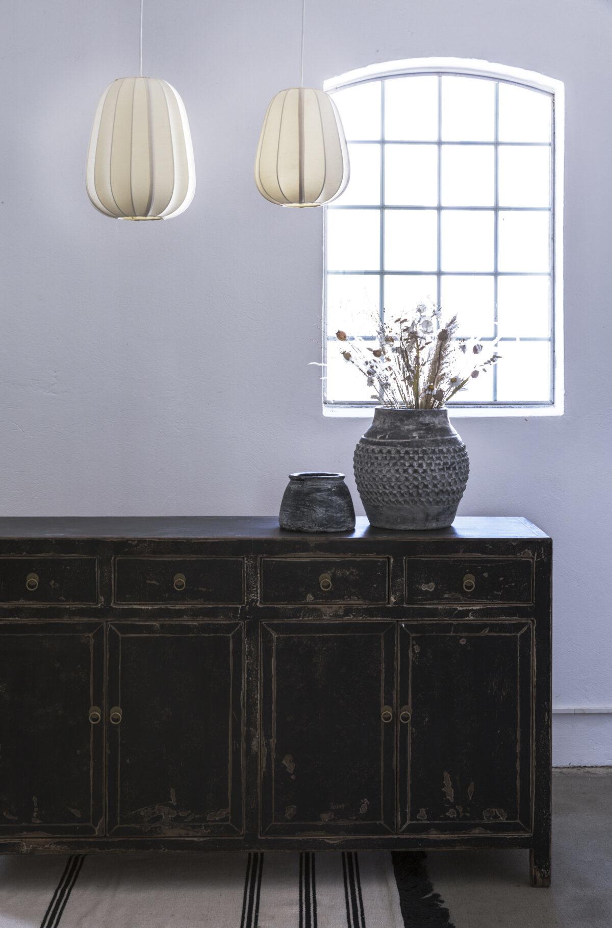 Snowdrops Copenhagen Buffet Table Vintage - noir - Bois d'orme - 152x42xh90cm