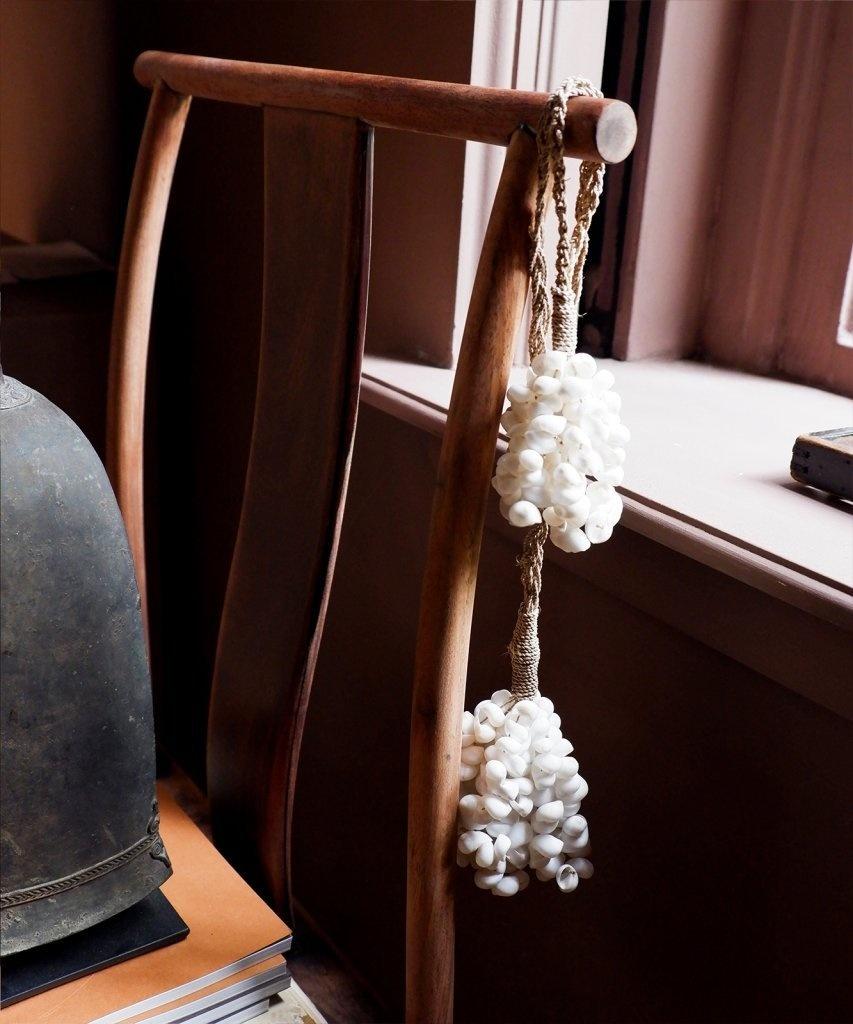 Petite Lily Interiors Pendentif déco en coquillages - Ø7xL27cm - blanc