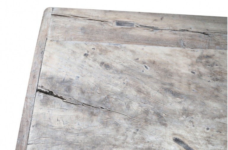 Snowdrops Copenhagen Coffee table vintage Elm Wood - L106x62xh43cm - unique piece