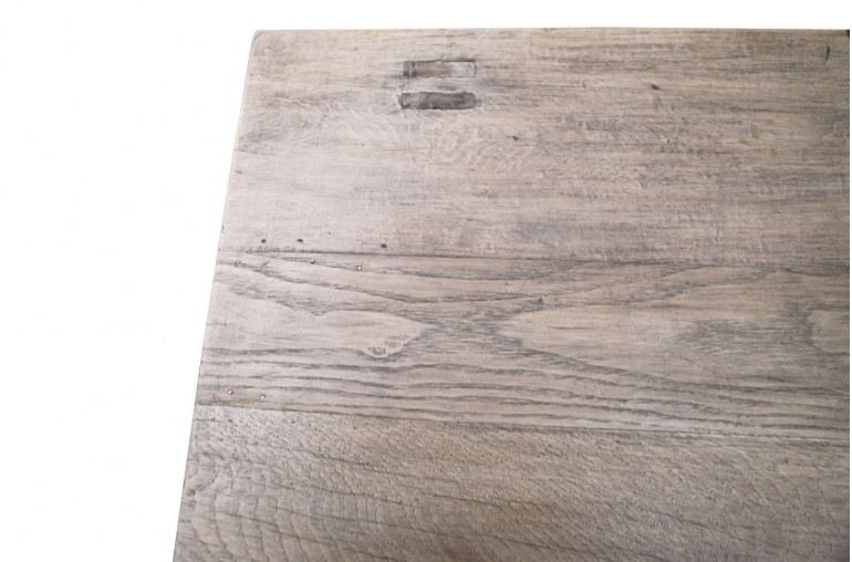 Snowdrops Copenhagen Table basse KANG - Bois d'orme- L80x51xH27cm - pièce unique