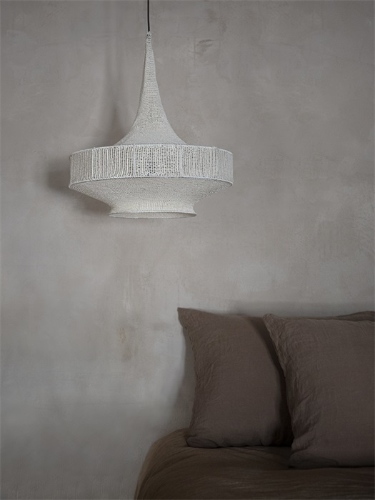 Petite Lily Interiors Crocheted pendant lamp - off white
