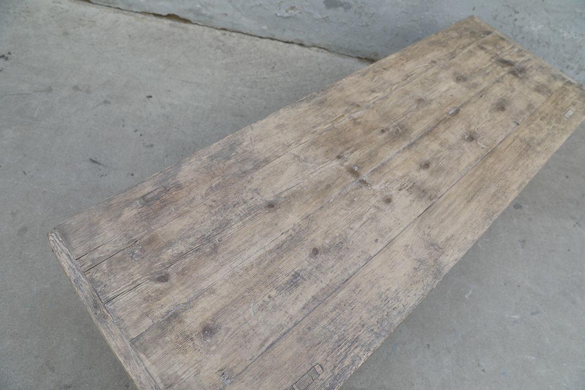 Maisons Origines Table basse bois brut - 162X56X43cm - pièce unique