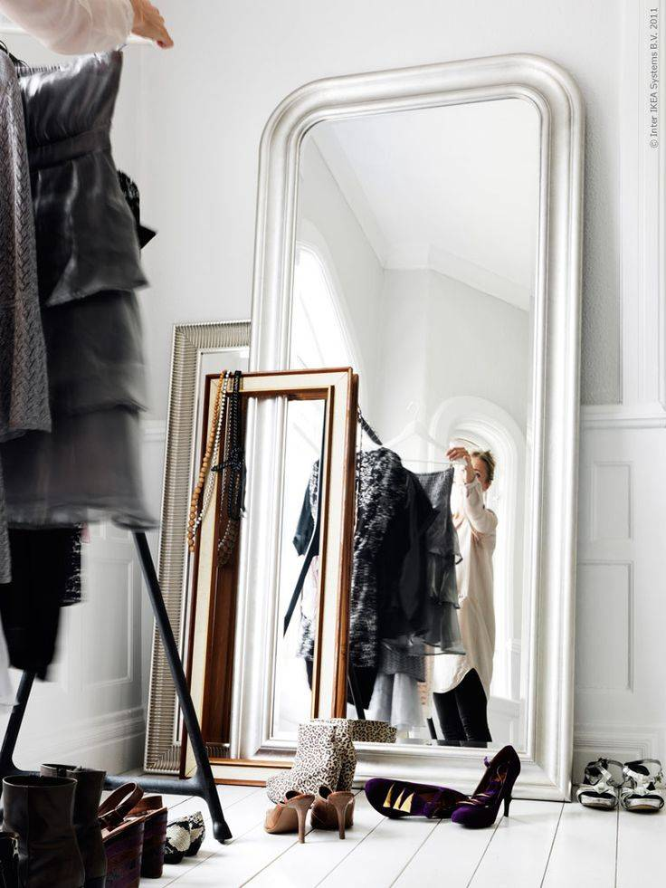 Les miroirs (de grande taille) sont tendance ! Source Pinterest