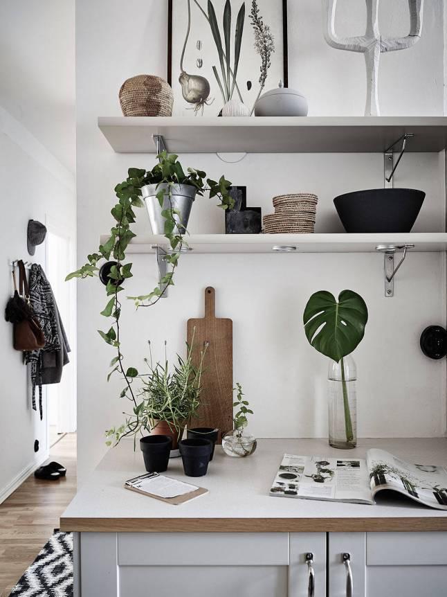 Scandinavian decor with gray bedding - Seen on Pinterest - Copy - Copy - Copy