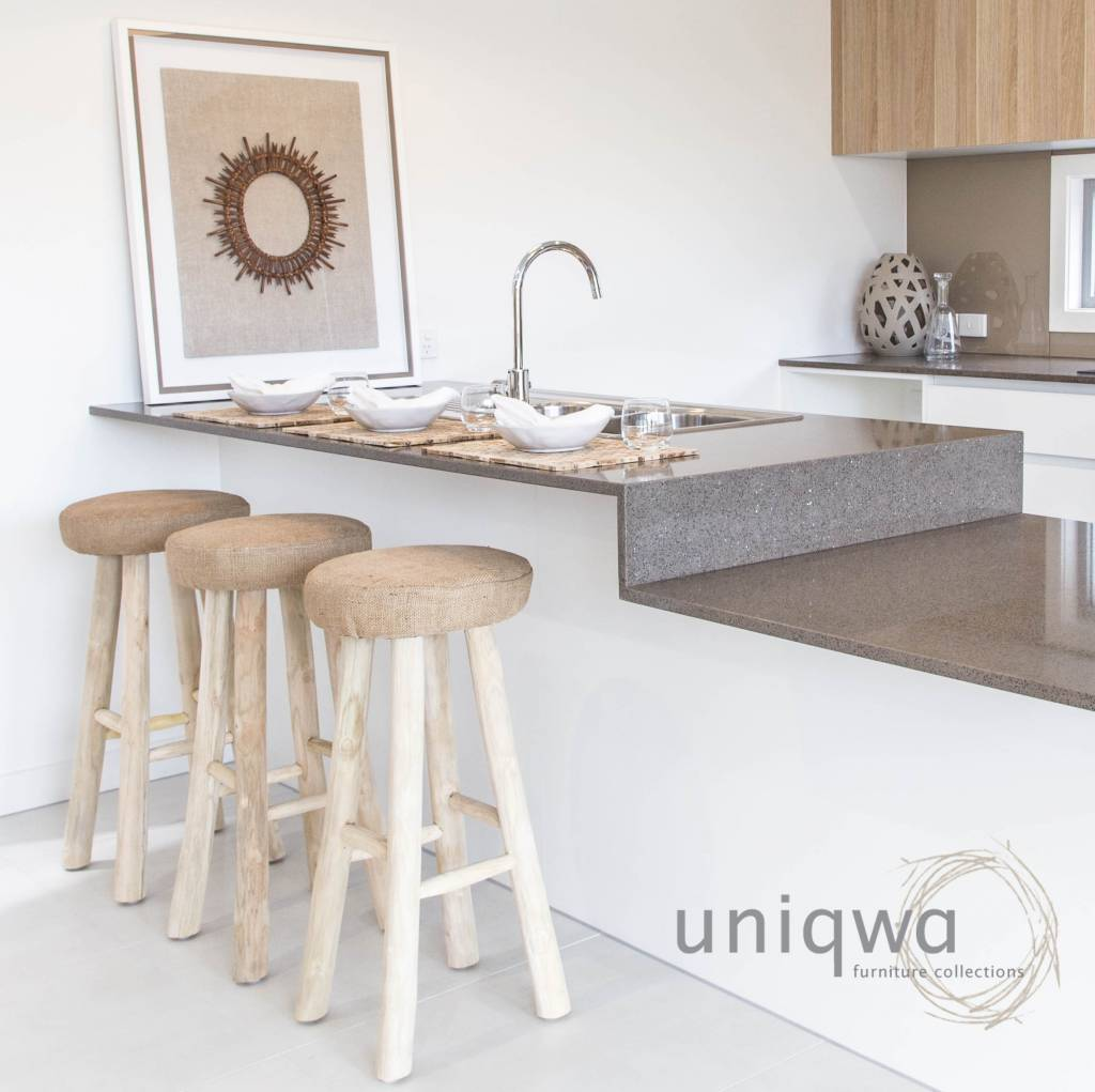 Uniqwa Furniture  Taburete de Barra en Teca y Yute - Uniqwa Furniture