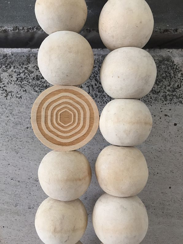 MaduMadu Peace Mala Wood - 30cm - MaduMadu