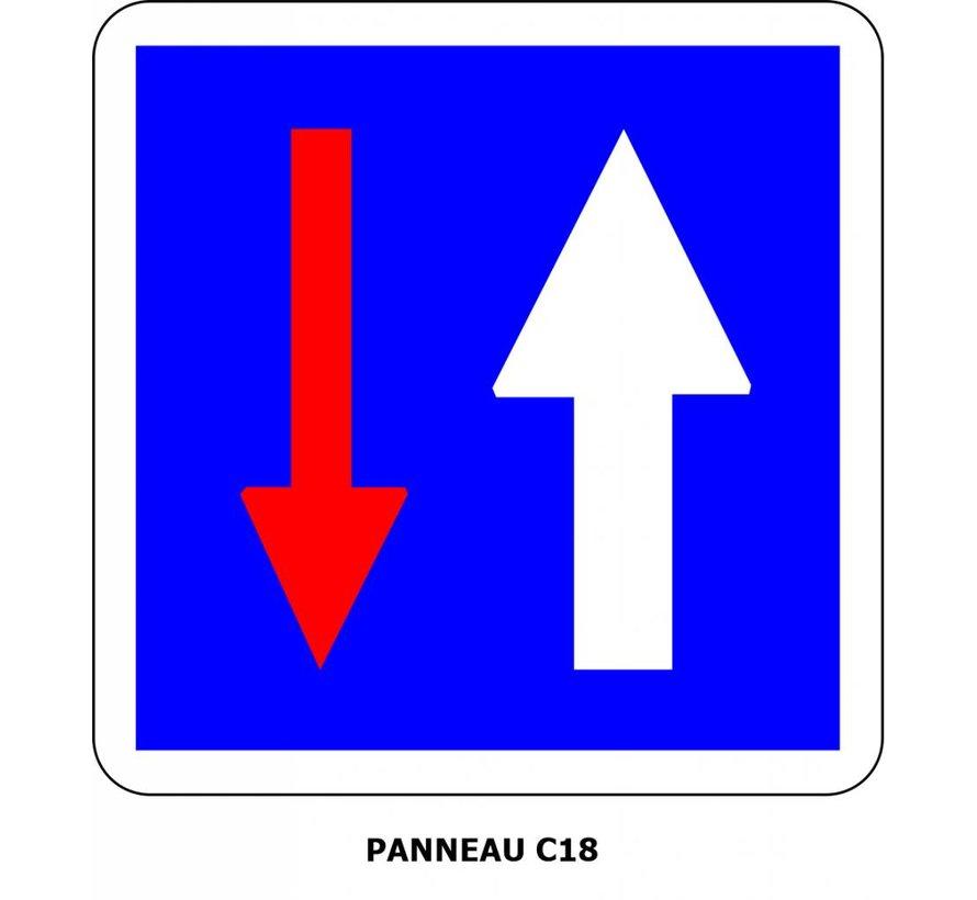 Panneau C18 Priorité par rapport à la circulation venant en sens inverse
