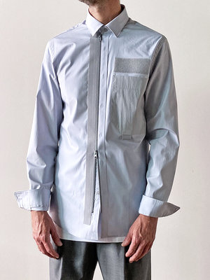 ZIPPED-UP SHIRT_pale grey