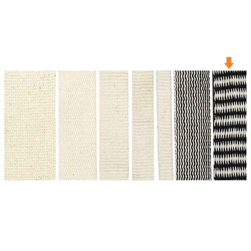 Geweven band 25 mm met zwart-wit zigzagpatroon van 100% biologisch katoen