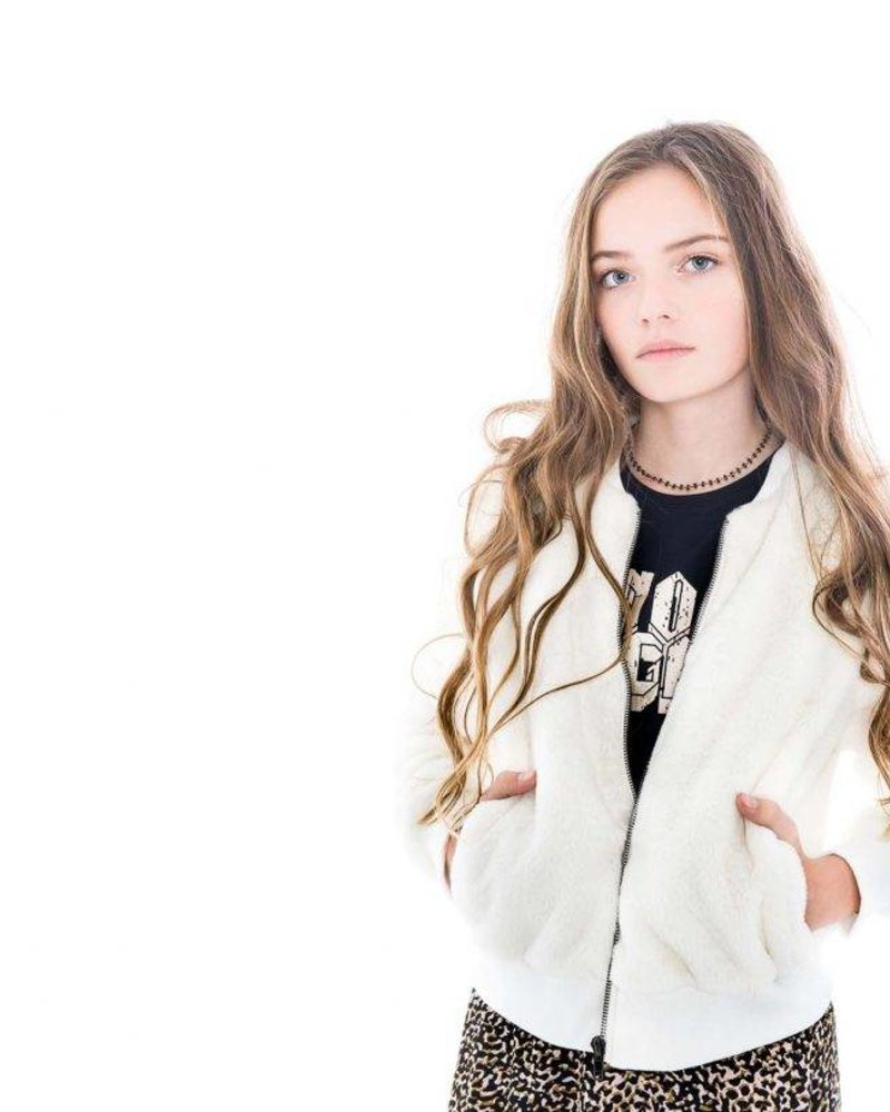 Frankie & Liberty Girls coat Color: off white