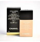 Chanel Chanel Vitalumiere Aqua Ultra-Light SPF15 30 ml