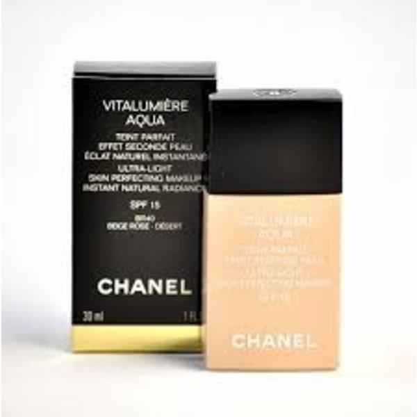 Chanel Vitalumiere Aqua Ultra-Light SPF15 30 ml