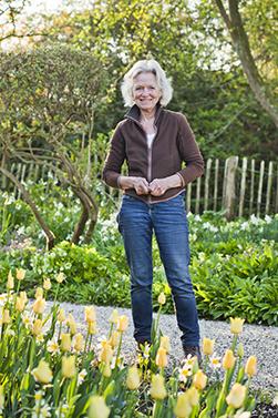 Jacqueline van der Kloet