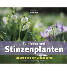 Boek  Tuinieren met Stinzenplanten - 2e druk