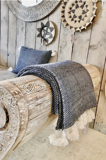 Luxury Woven Blanket Black White
