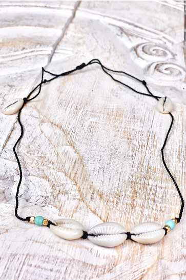 Choker Kauri Shells Black