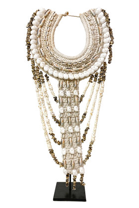Shell Necklace On Standard High White 70cm
