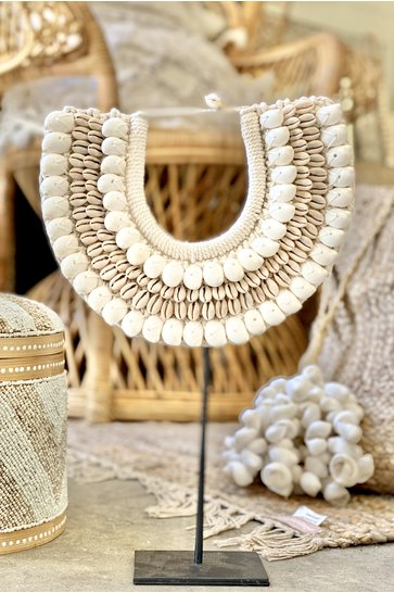 Shell Necklace On Standard White 40cm