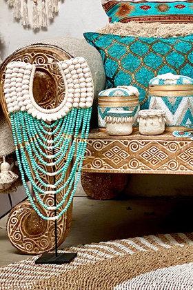 Schelpenketting Op Standaard Turquoise 70cm