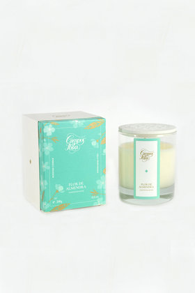 Scented candle Almond
