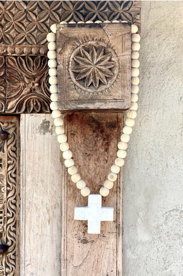 Ornamental Necklace Cross Natural
