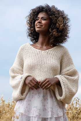 Knitted Sweater Knitting Beige