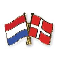 Speldje Netherlands Denmark flag Friendship lapel Pin