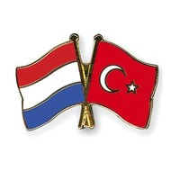 Speldje Netherlands Turkey flag Friendship lapel Pin