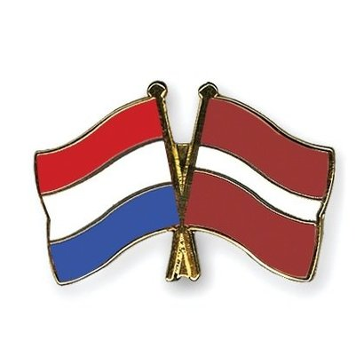 Speldje Nederland Letland vlag Vriendschapsspeldje