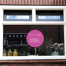 Geboorte sticker it's a girl met naam