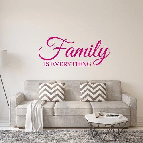 Muursticker Family is everything