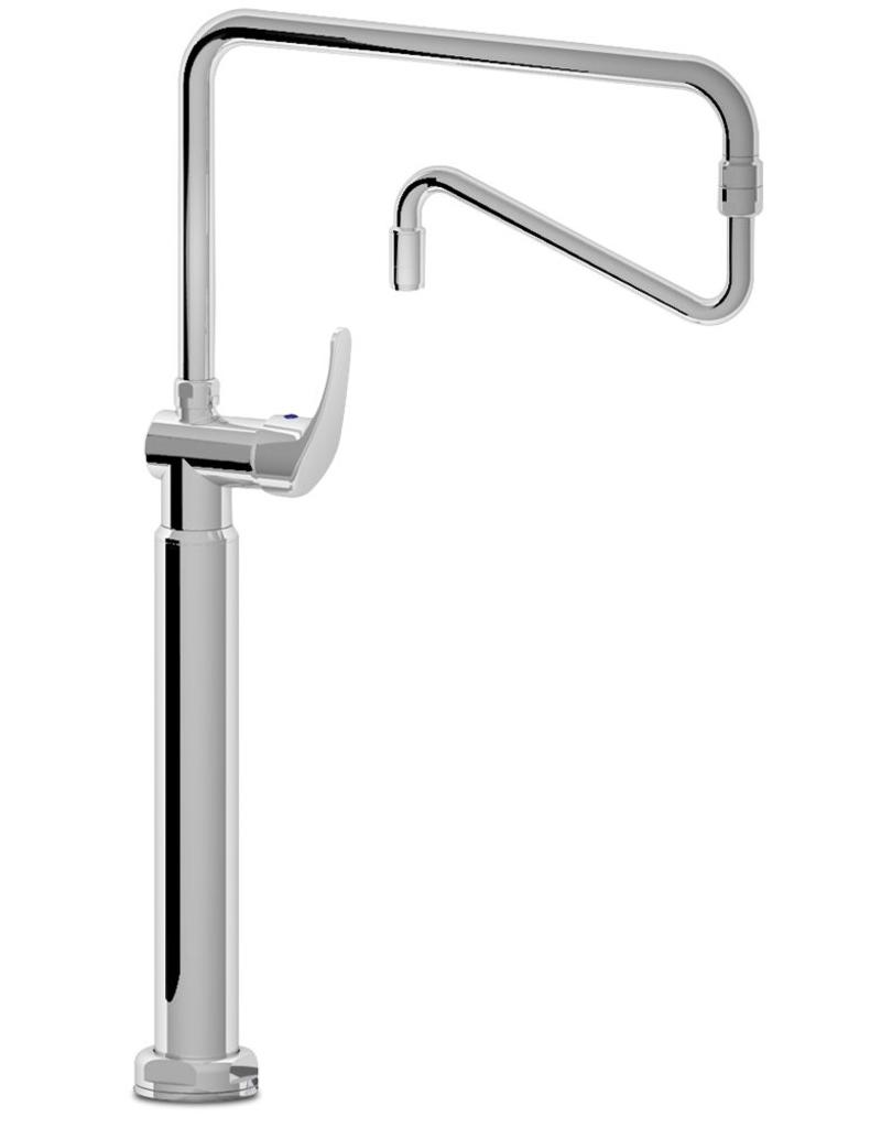 Mixing tap with double pivot