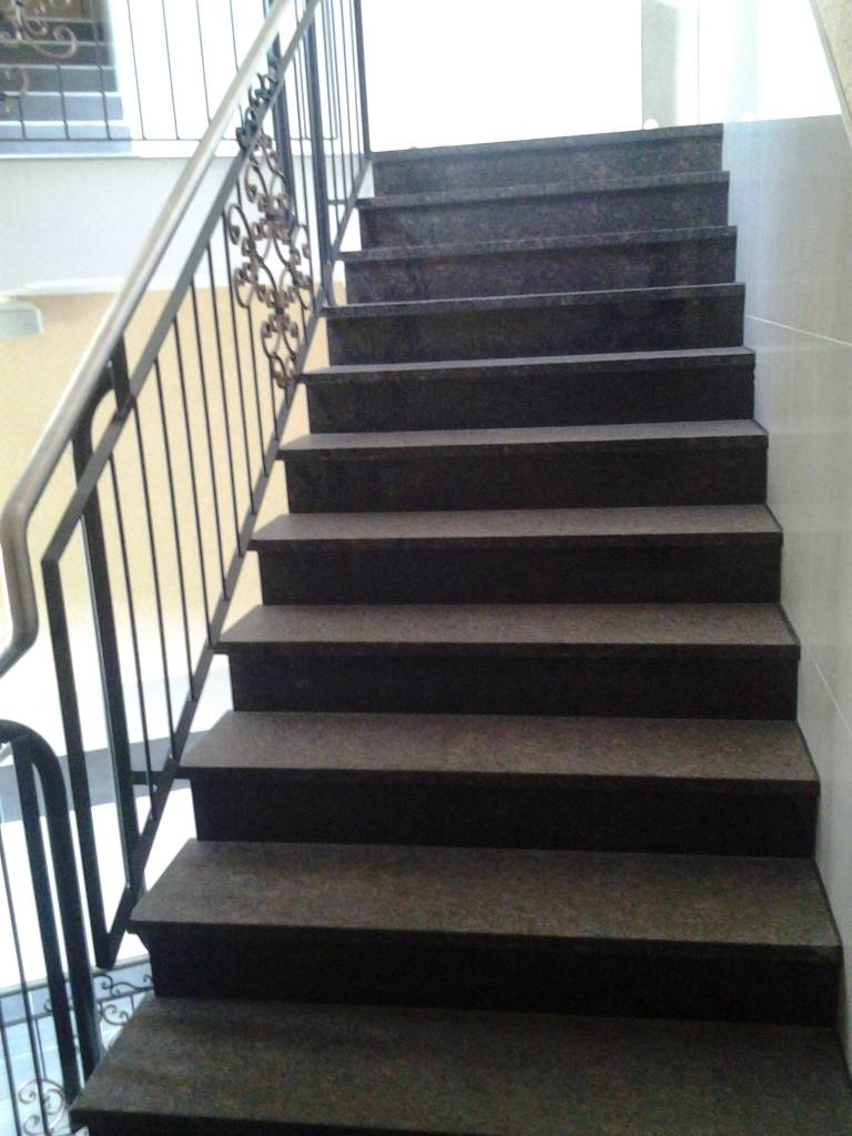 Granit treppe Gerade 1.Wahl