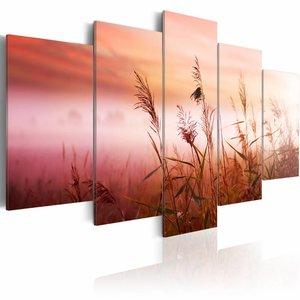 Schilderij - Weide begroet de nieuwe dag, roze/rood, 5luik, 2 maten